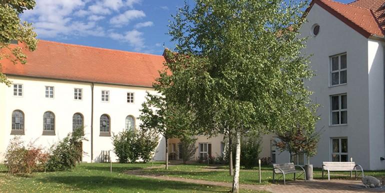 Seniorenpflegeheim-Oberschweinbach-Slider2